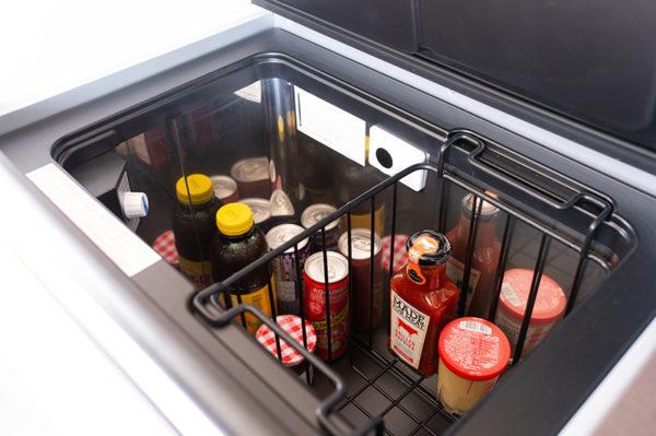 Capacité réfrigérateur du Van Melbourne en location chez www.all-in-van-evasion.com
